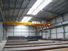 Mostové jeřáby GIGA - mostový jeřáb dvounosníkový GDMJ 2x10t:25,5m s lanovou stabilizaci na magnetové traverze_2