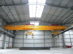Mostové jeřáby GIGA - mostový jeřáb dvounosníkový GDMJ 2x10t:25,5m s lanovou stabilizaci na magnetové traverze