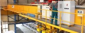Dodávka speciálních mostových jeřábů s konzolovými kladkostroji pro hutní sklad NYPRO
