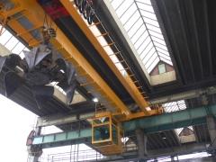Mostový jeřáb GDMJ 8t/16,5m s kabinou a drapákem pro KOVOHUTĚ Příbram_5