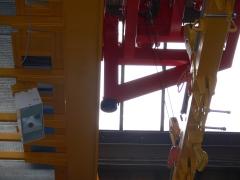 Magnetový jeráb GKMJ 10t/15.340m s konzolovou kočkou_6