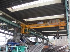 Mostový jeřáb GDMJ 8t/16,5m s kabinou a drapákem pro KOVOHUTĚ Příbram_6