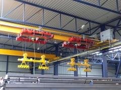 Mostový jeřáb GJMJ 1,8t+1,8t-27,5m s lanovou stabilizací